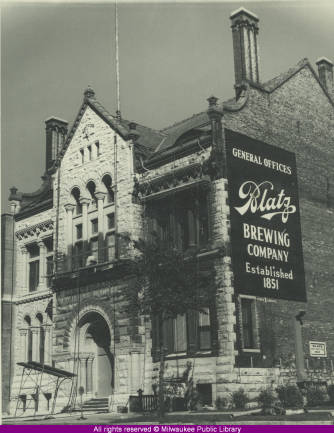 Blatz Brewing Company General Offices (Historic Photo Collection, F.P. Zeidler Humanities Room, Milwaukee Public Library, used with permission)