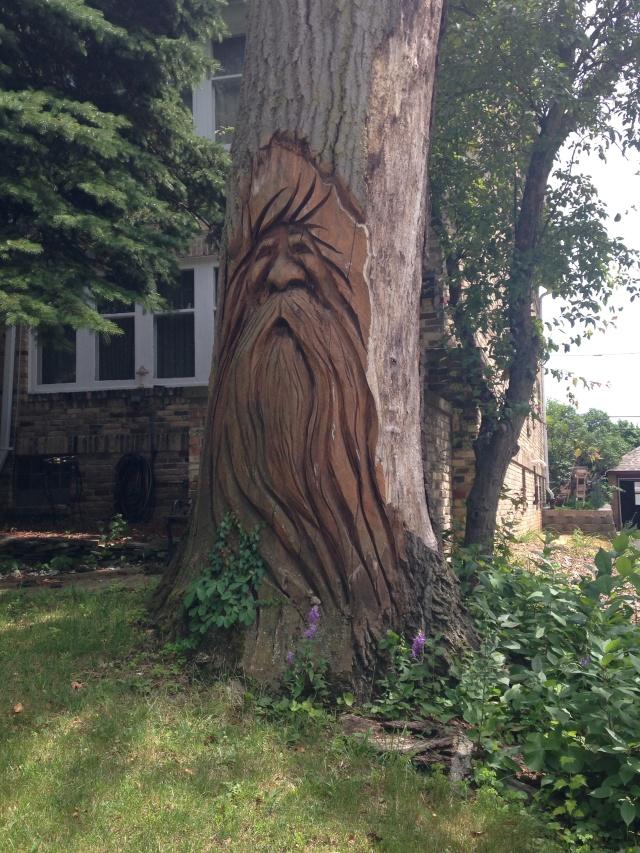 stump sculpture